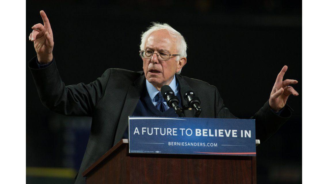 Sanders alcanzó dos nuevas victorias ante Clinton en Alaska y Washington