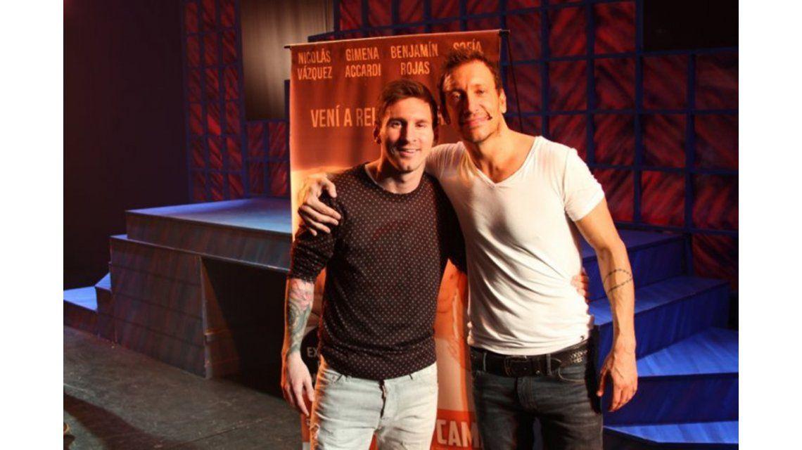 La intimidad de la visita de Lionel Messi al teatro y el efusivo te amo de Nico Vázquez