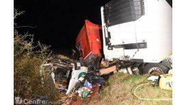 Francia: doce muertos en un choque frontal entre un camión y un micro