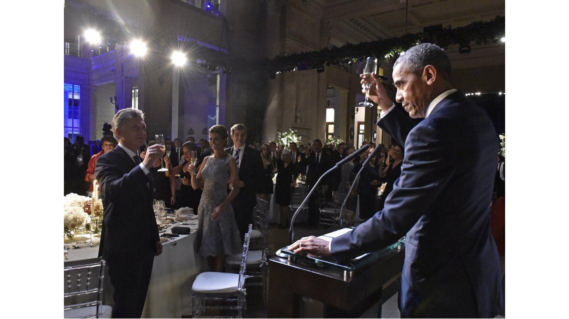 Cena de honor a Obama en el CCK: prometió regresar a la Argentina en 2017