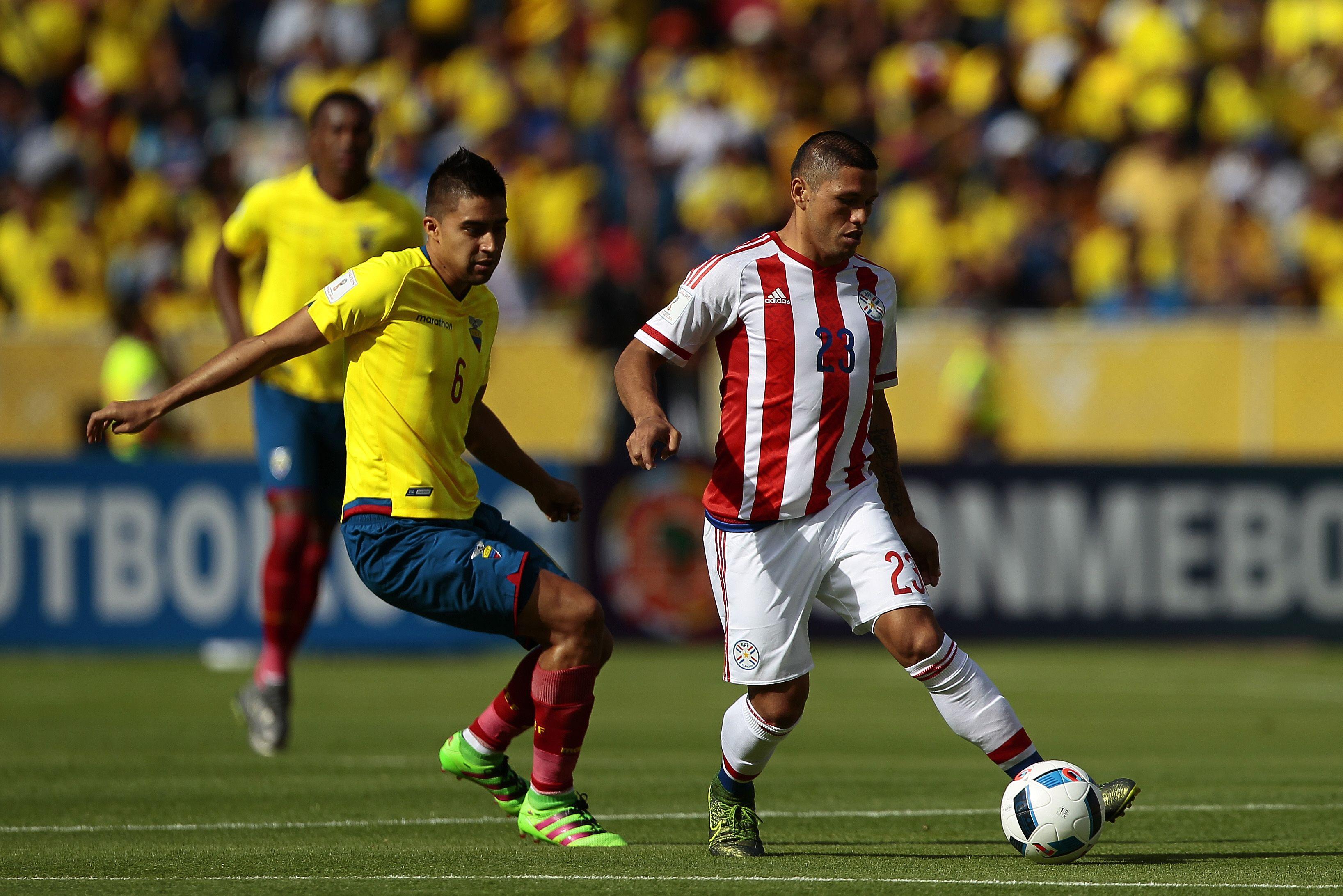 Ecuador salvó el invicto en el final ante el Paraguay de Ramón