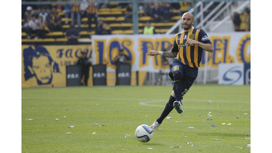 En Central festejaron más la amarilla a Funes Mori que los goles de la Selección
