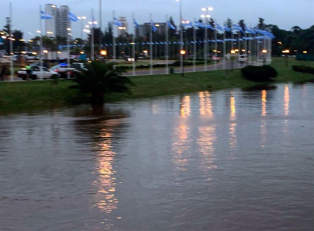 Por la Sudestada, aseguran que el nivel del río volverá a subir esta noche