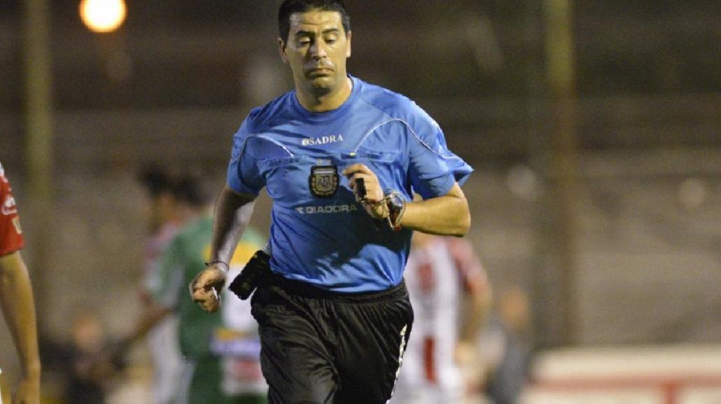 Escándalo en el arbitraje: denuncian a Giannini por agredir a un colega