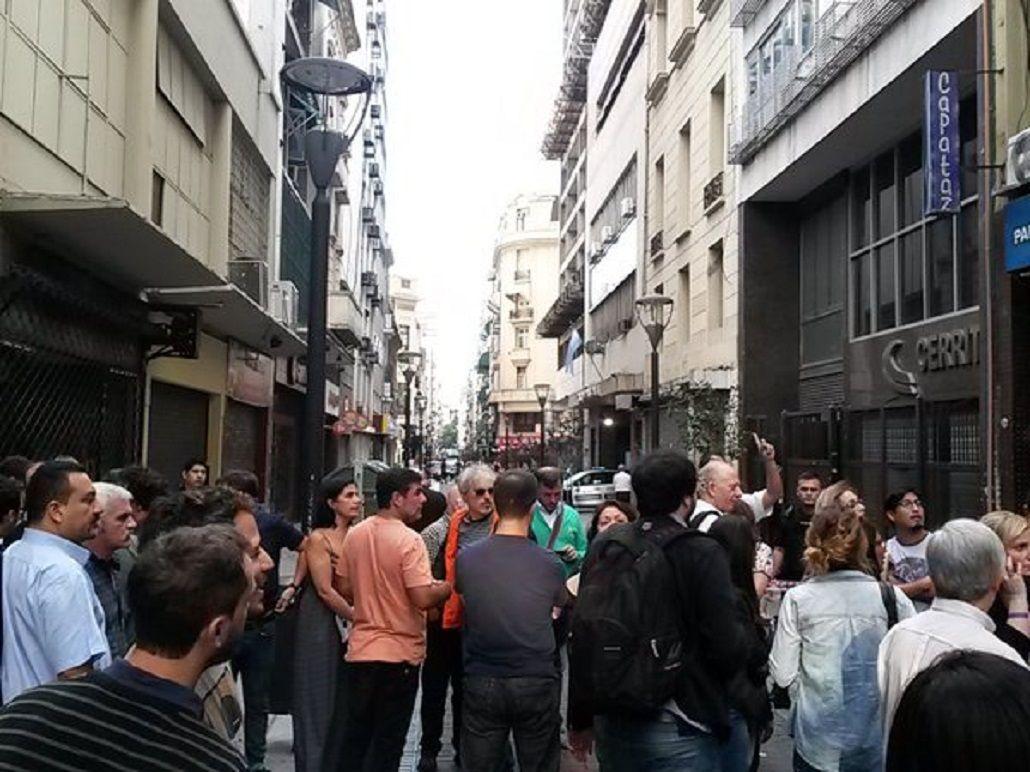 AUDIO: Escuchá el momento en el que un hombre armado ingresó a Radio Nacional