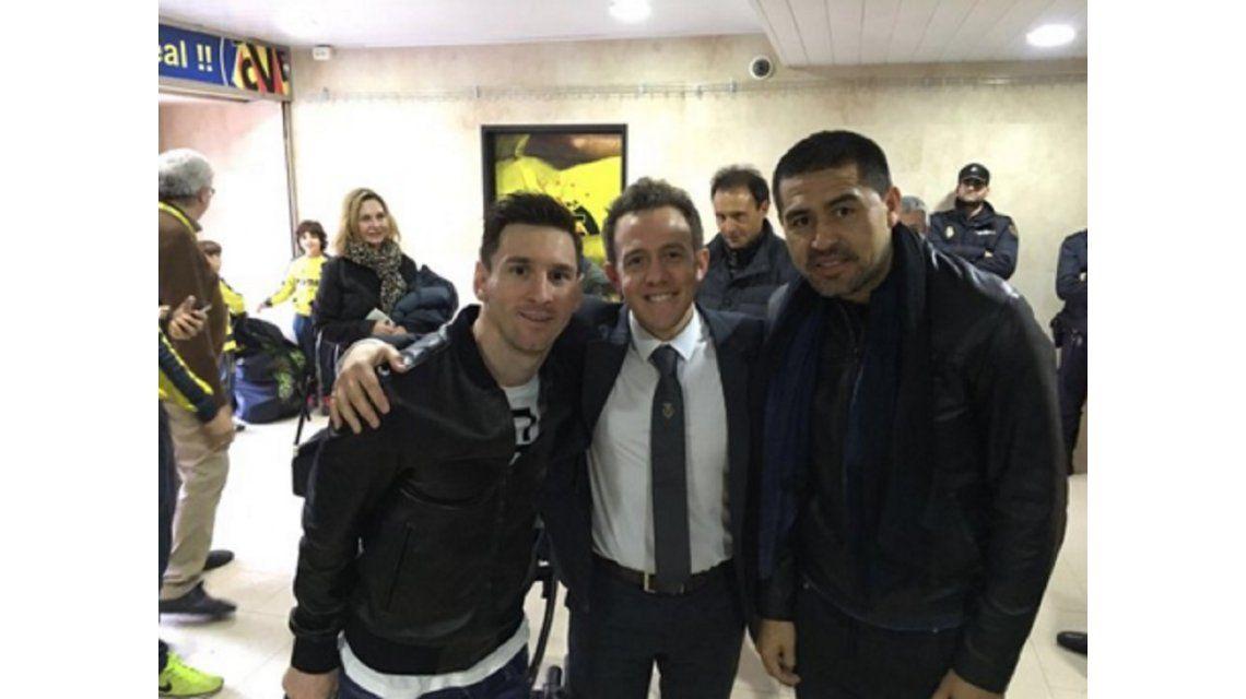 Cumbre de cracks: Messi y Riquelme, juntos en España