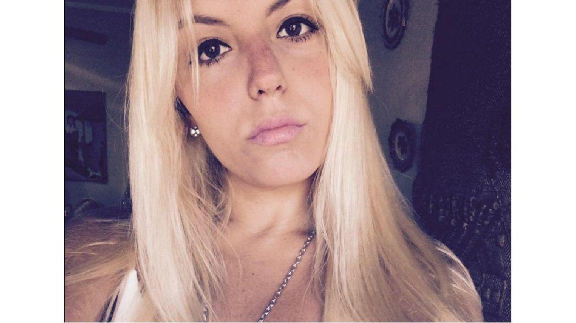 Escrachó en Facebook a un hombre que la tocó en el colectivo