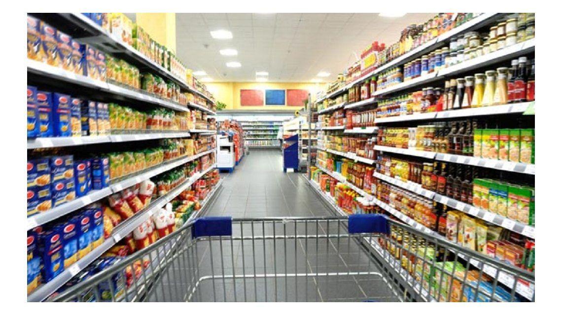 Estiman que los alimentos en Argentina son los más caros de la región