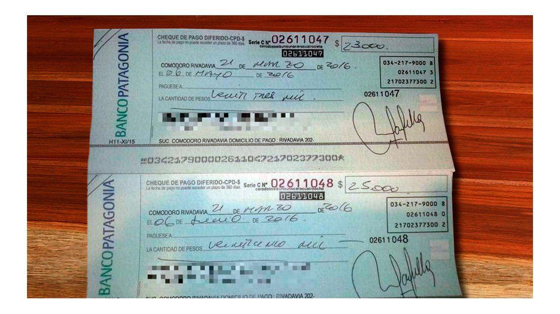 Está sin trabajo, encontró dos cheques por 48 mil pesos y los devolvió