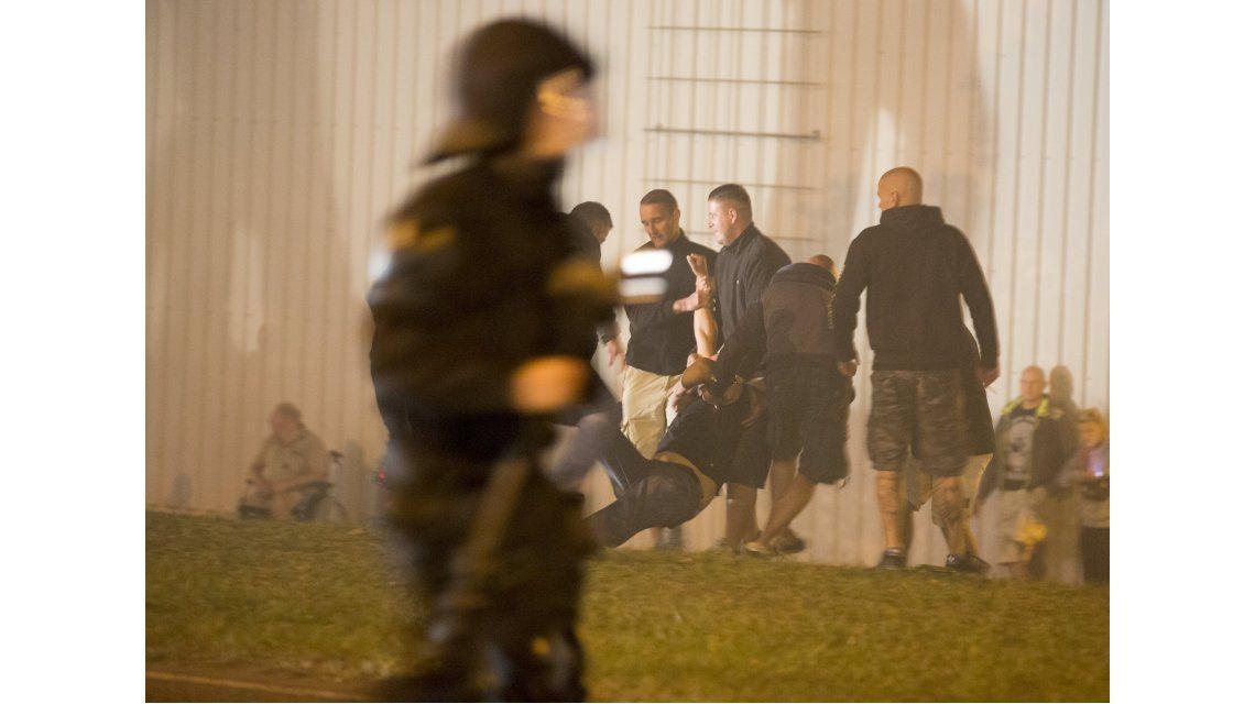 Crece el temor por ola de ataques de grupos neonazis
