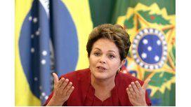 La mayoría de los brasileños apoya el juicio político a Dilma Rousseff