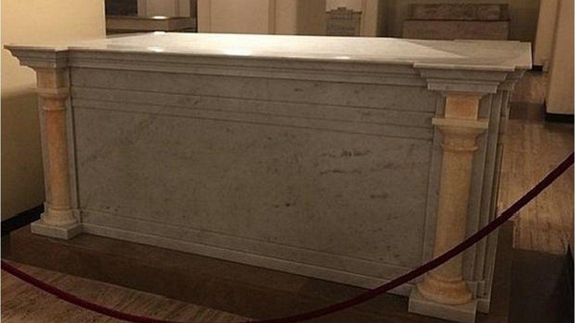 Ésta es la tumba donde descansarán los restos del próximo Papa que muera