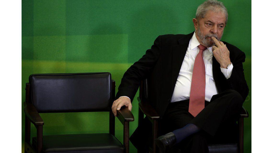 Lula duró 40 minutos en el cargo: un juez suspendió su asunción