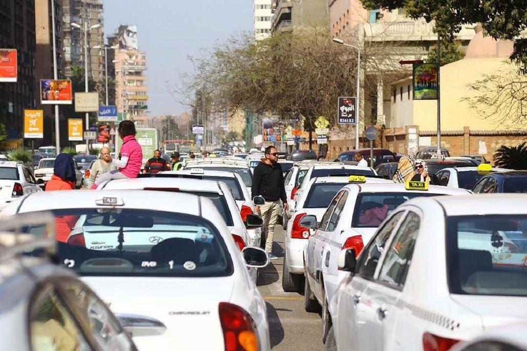 Sigue la guerra contra Uber y se realizan protestas en El Cairo
