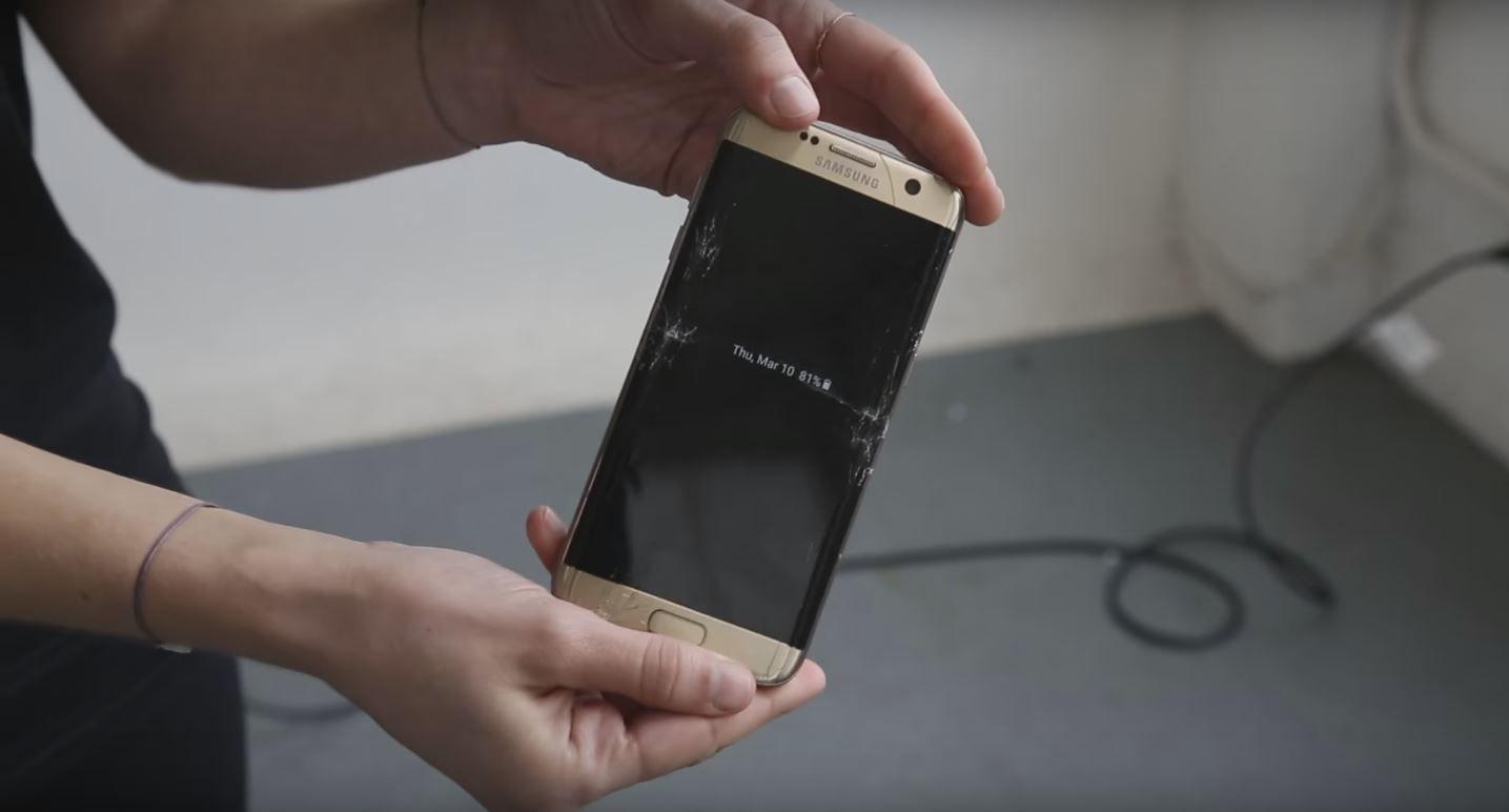 VIDEO: ¿Quién se la aguanta más: el Galaxy S7 vs. el iPhone 6S Plus?