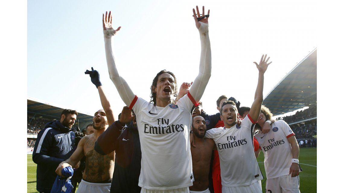 Con una goleada histórica, el PSG se coronó campeón a ocho fechas del final
