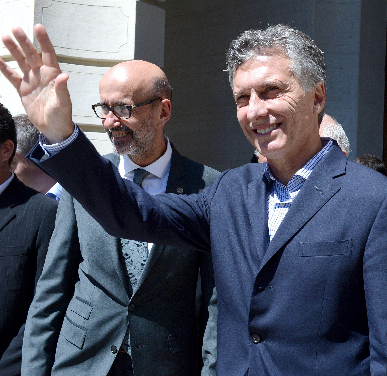 Macri se mostró a favor de que algunos clubes pasen a ser sociedades anónimas