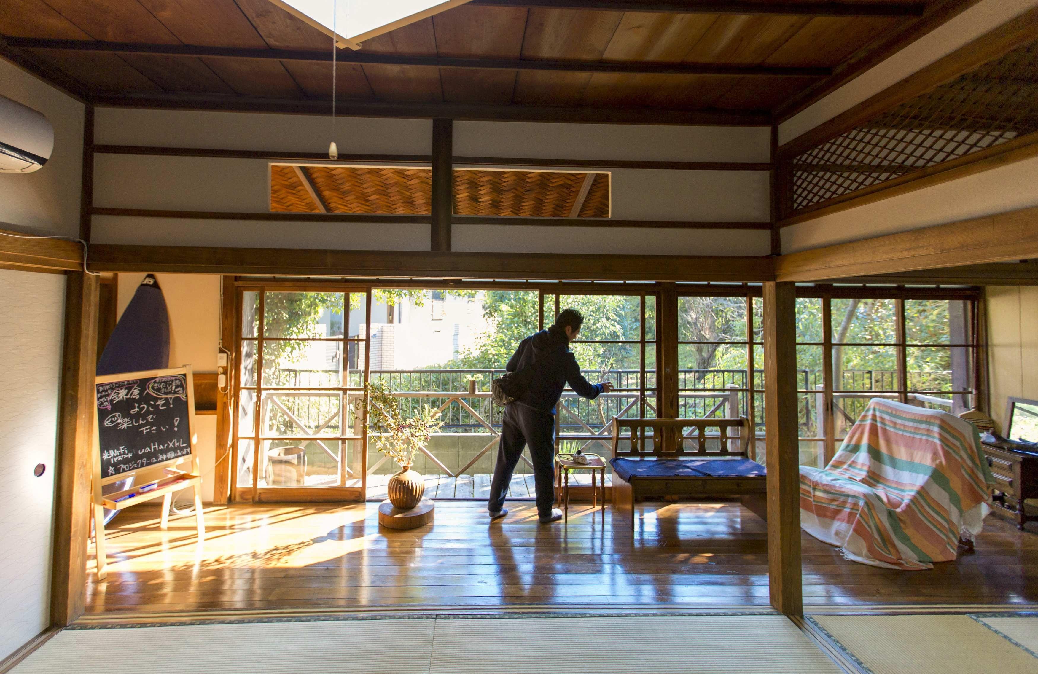 Airbnb sufre restricciones en Japón