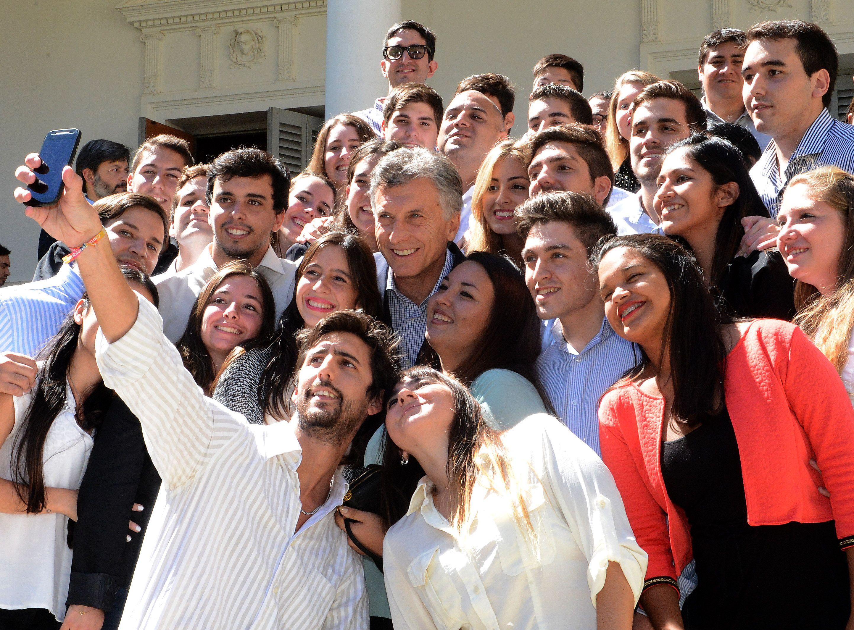 Macri estuvo en Santa Fe y vaticinó una revolución educativa en Argentina
