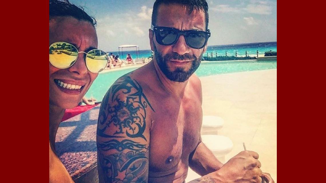 Paradisíacas vacaciones para Ximena Capristo y Gustavo Conti en Cancún