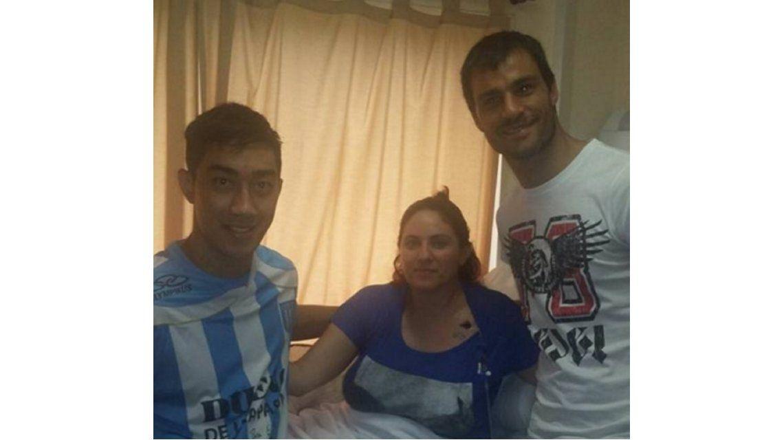 Puro corazón: finalmente Saja fue a visitar a los policías baleados por los hermanos Lanatta