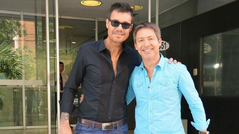 Marcelo Tinelli llamó al programa de Mirtha para hacerle un reclamo a Adrián Suar