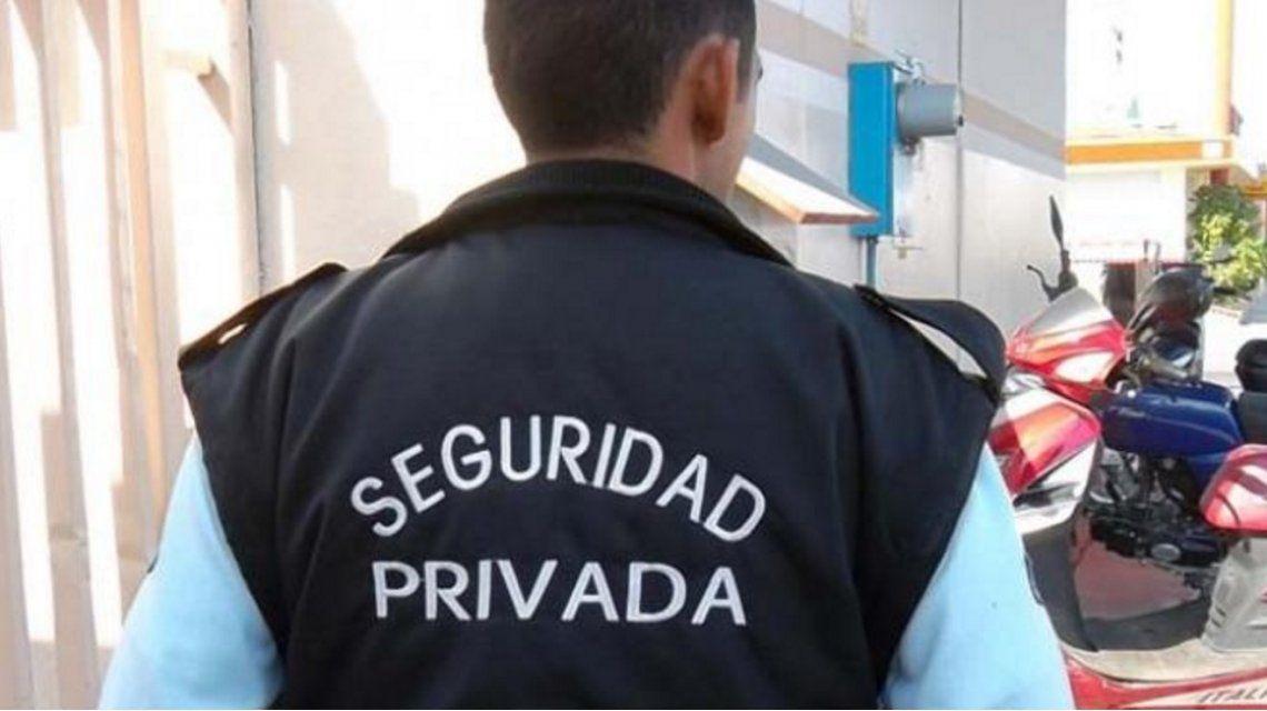 Un intendente quiere contratar a una empresa de seguridad para cuidar al pueblo
