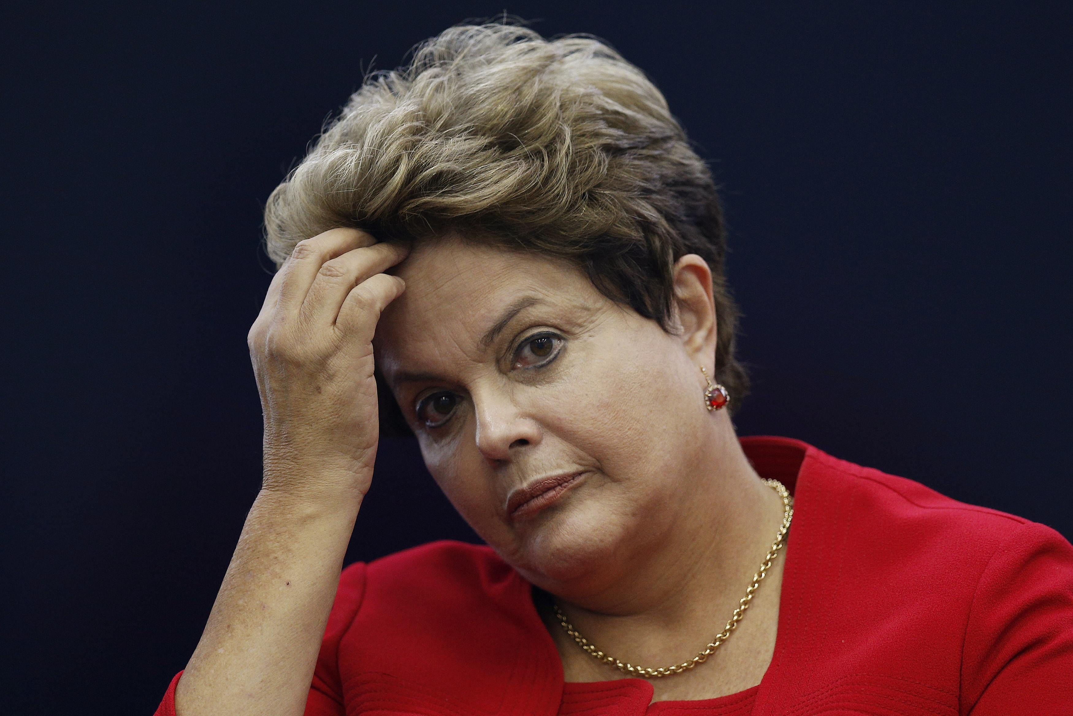 La oposición aumenta la presión sobre Rousseff tras la polémica con Lula