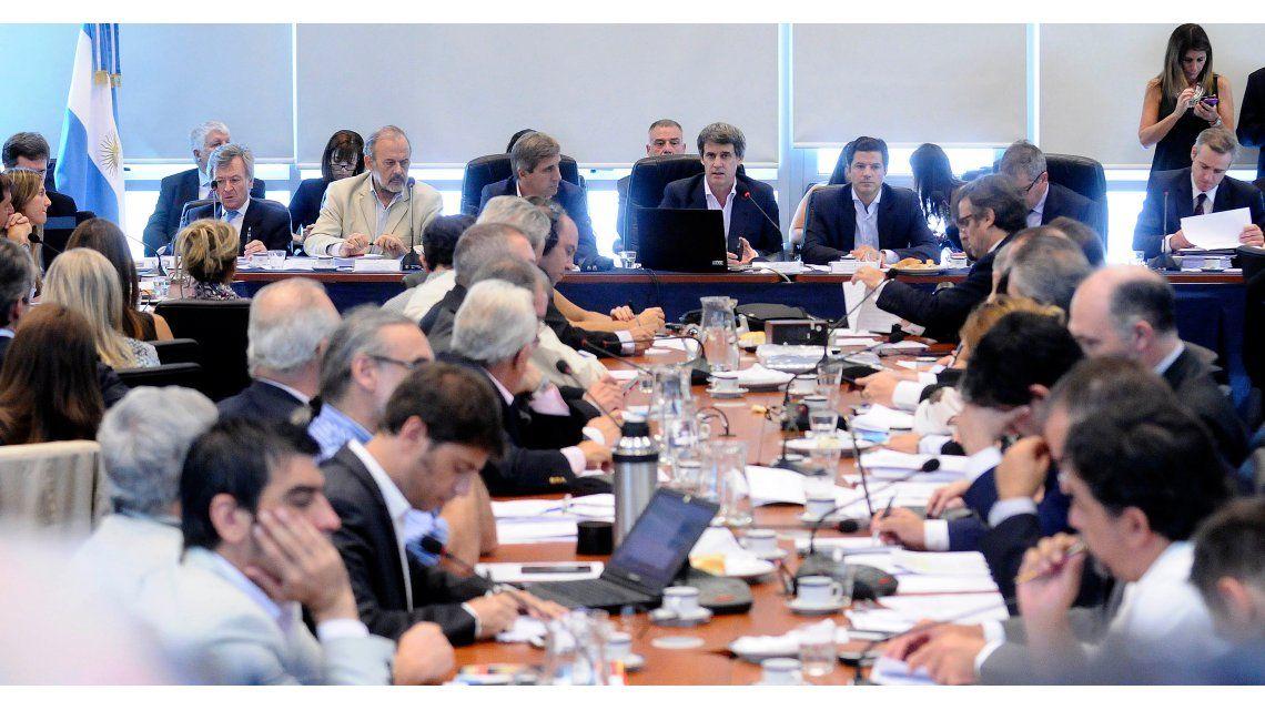 Diputados realiza sesión informativa con expertos por acuerdo con fondos buitres