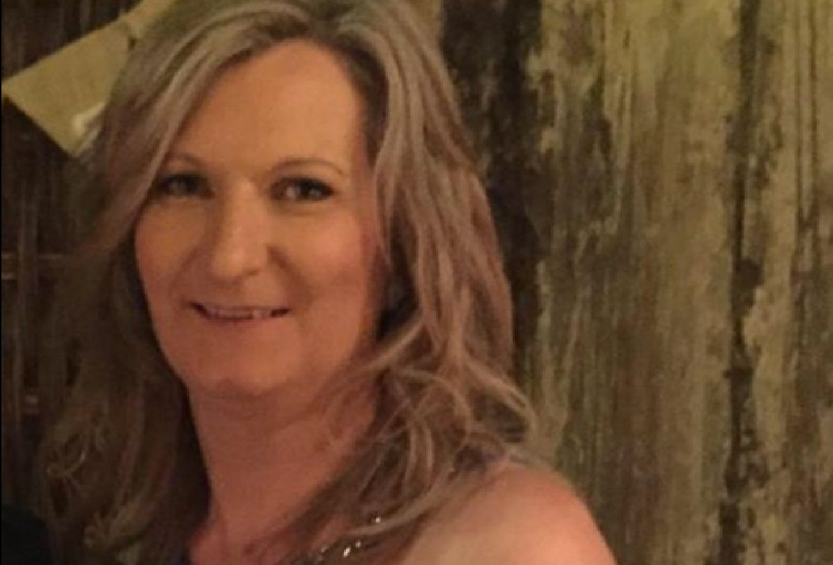 Facebook dio de baja la foto de la mujer que mostró su cáncer