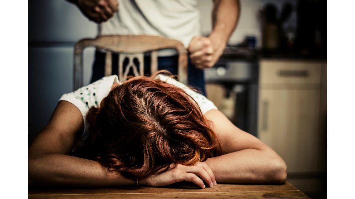 Otra cara del #NiUnaMenos: el abuso a través del bolsillo
