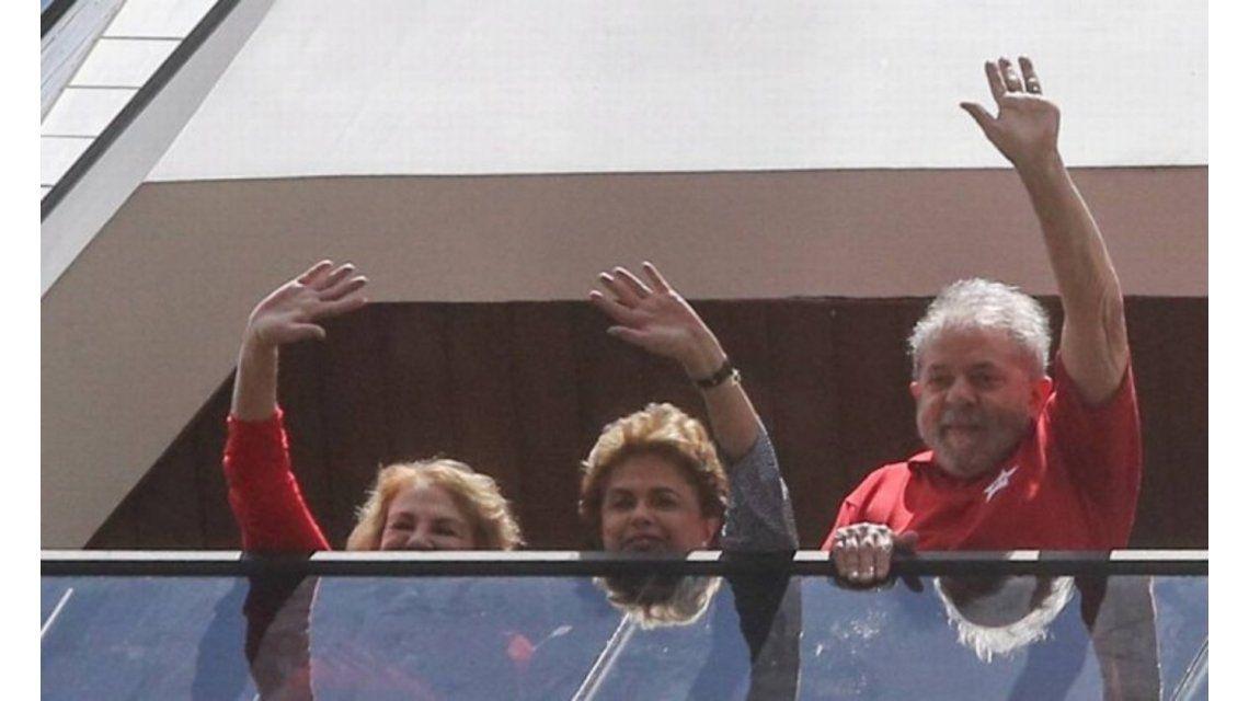 El día después del interrogatorio, Dilma Rouseff visitó a Lula Da Silva