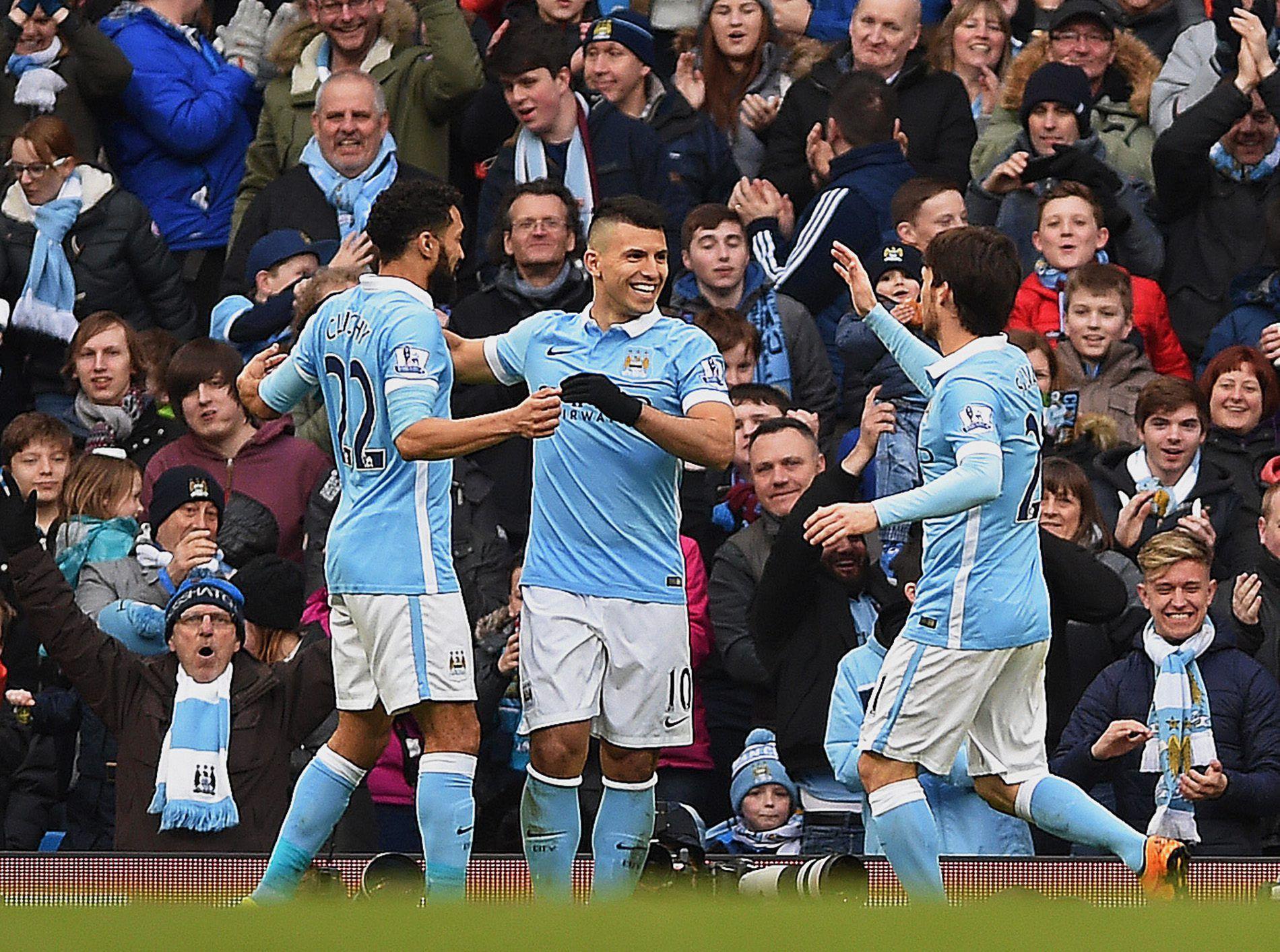 Con dos tantos del Kun Agüero, el Manchester City goleó al Aston Villa