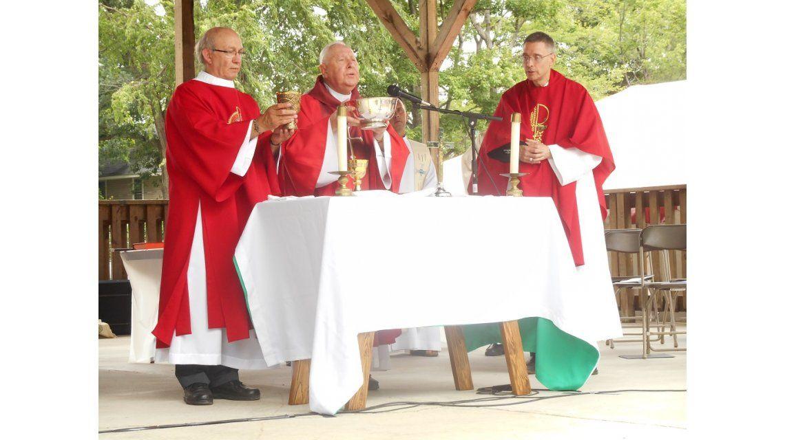 Efecto Spotlight: acusan a dos obispos de encubrir a sacerdotes pedófilos