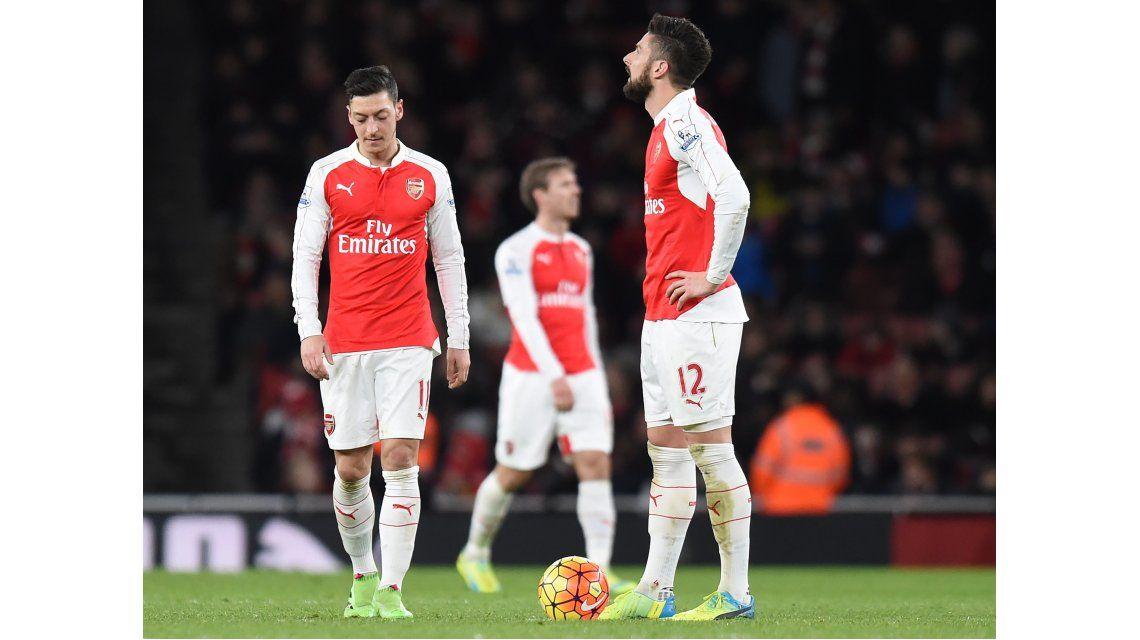 Tottenham, Arsenal y Manchester City perdieron y no pudieron alcanzar al Leicester