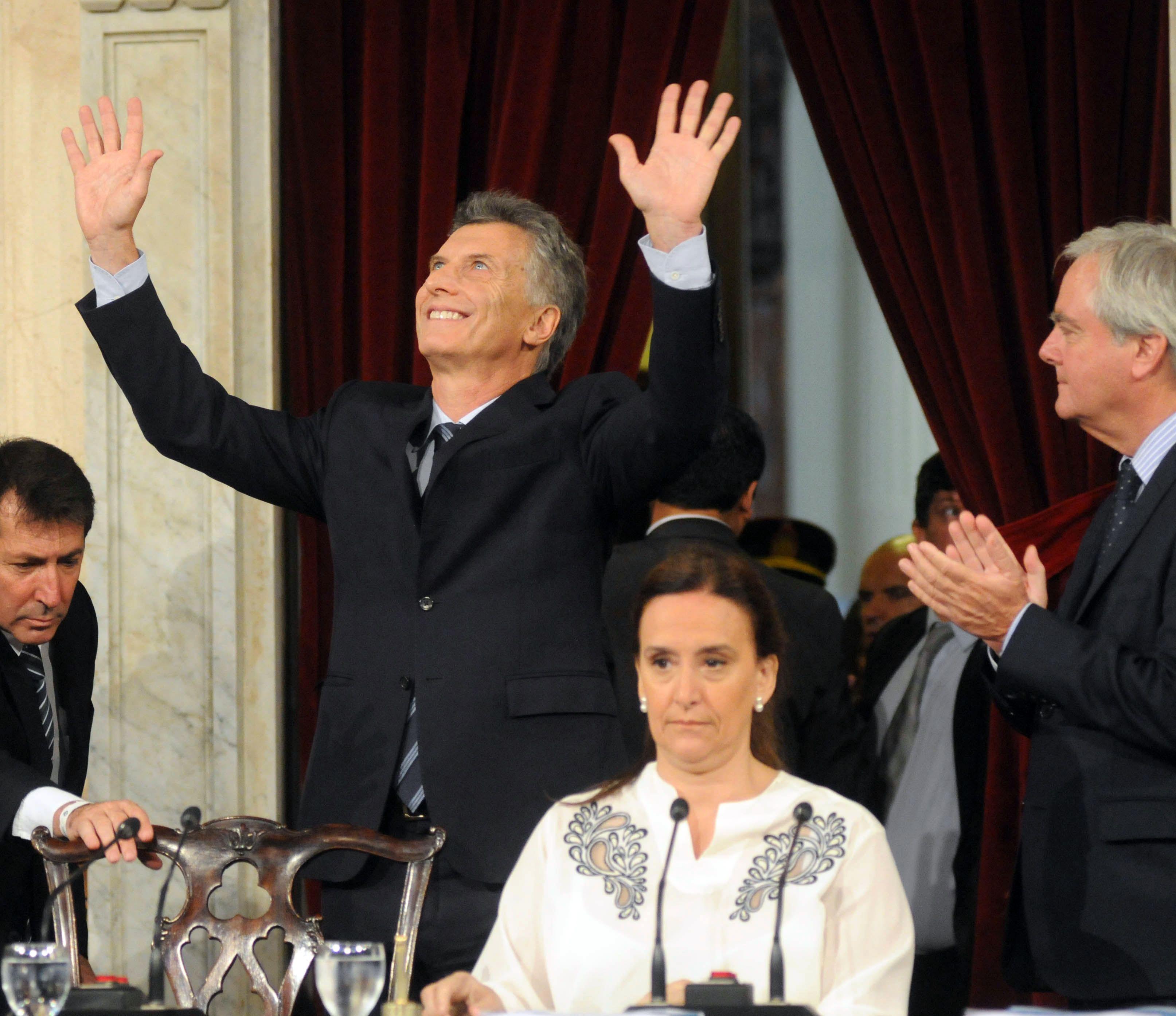 Herencia recibida y promesas de cambio en el primer discurso de Macri