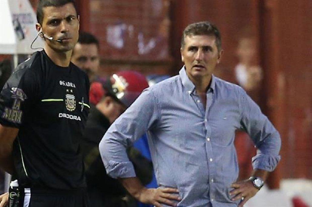 Mayor dejó de ser el DT de Argentinos tras la cuarta derrota consecutiva