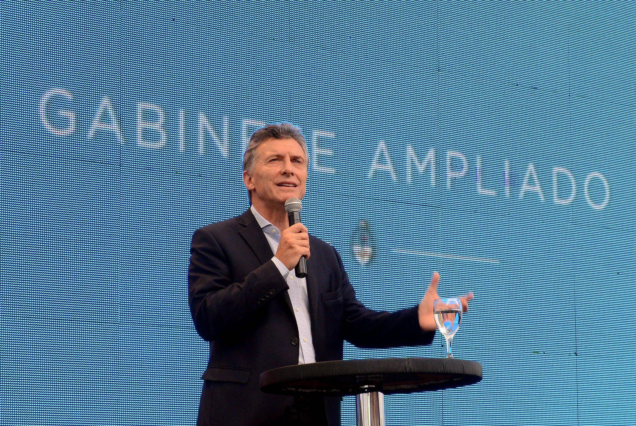 Macri recibe a representante de la Unión Europea