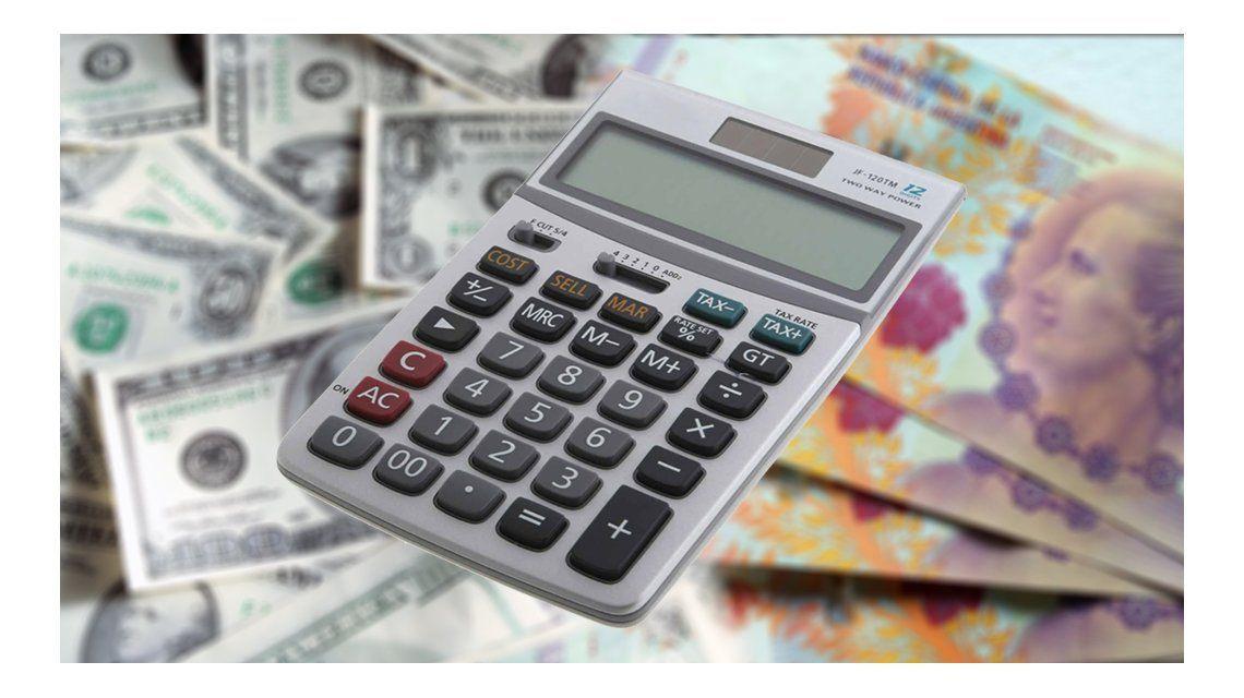 Dólares o plazo fijo, ¿en qué conviene invertir tus ahorros hoy?