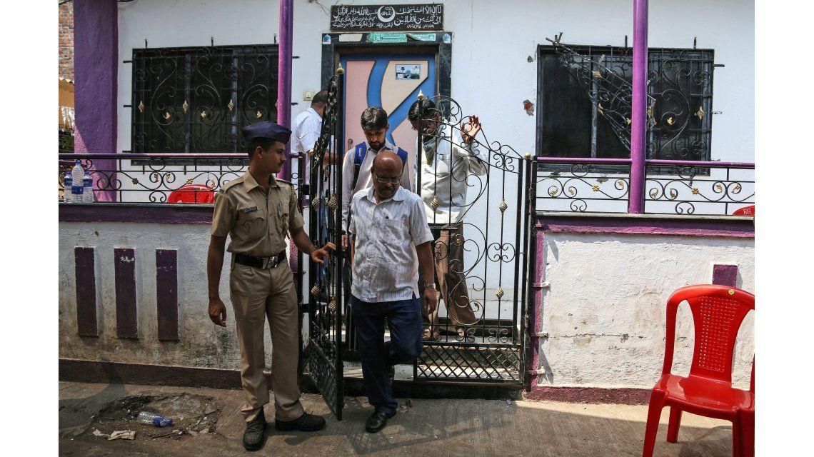 Horror en la India: Un hombre degolló a 14 familiares y se suicidó