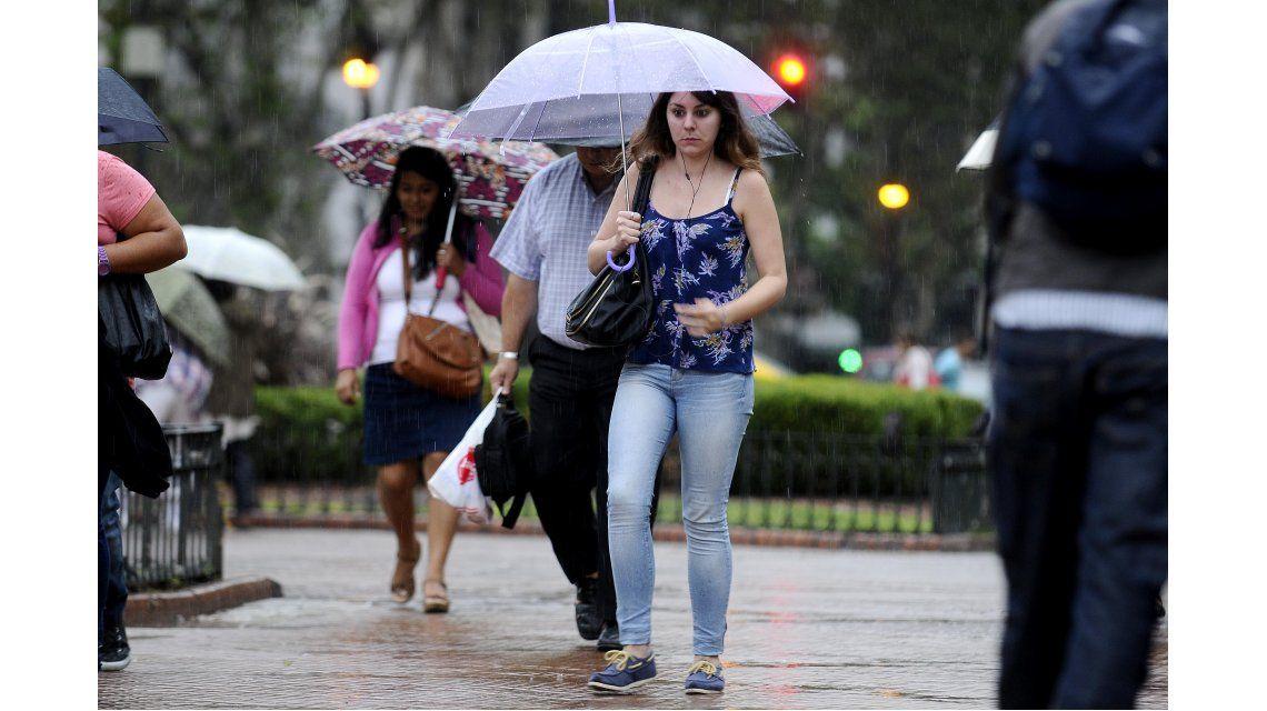 Lunes con lluvias aisladas en Capital y Gran Buenos Aires