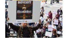 La alfombra roja de los Oscar se vio empañada por una protesta