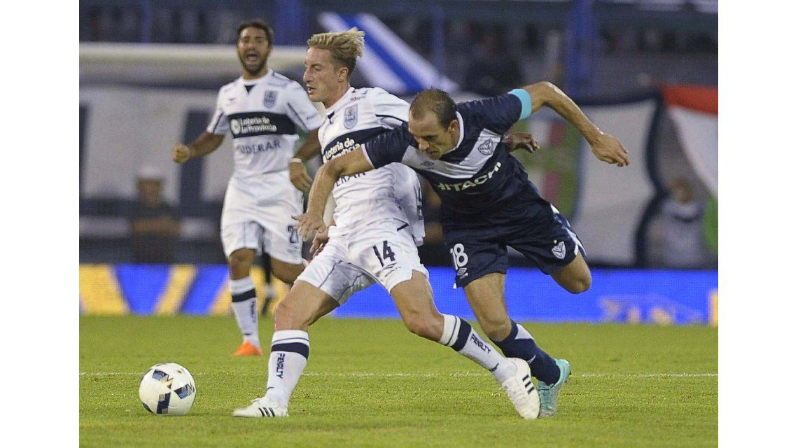 Vélez venció a Gimnasia con un gol agónico de un juvenil debutante en Liniers
