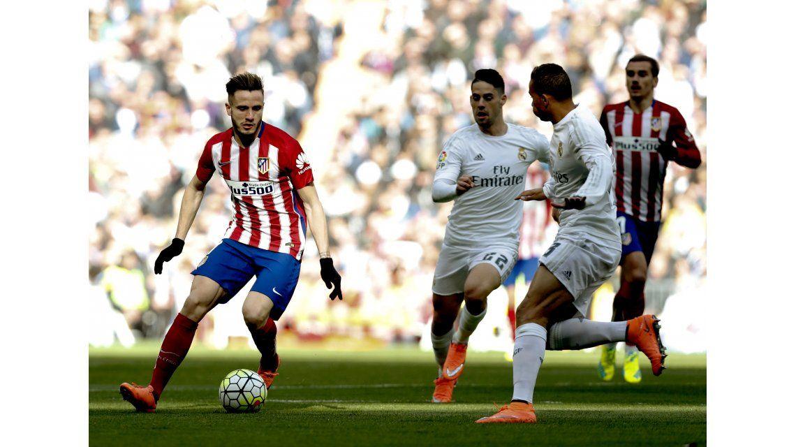 El Atlético derrotó al Real en el clásico de Madrid y se afianzó como escolta