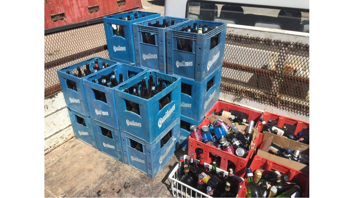 Secuestraron más de 250 botellas de alcohol que se vendían en una casa