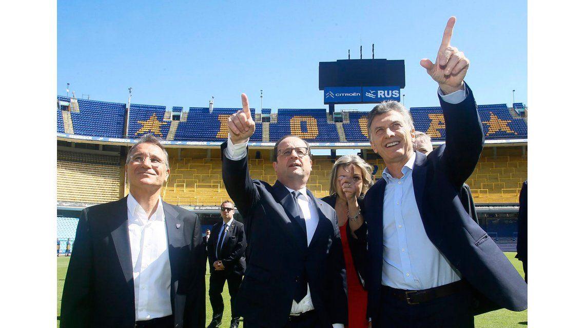 Macri y Hollande en la bombonera