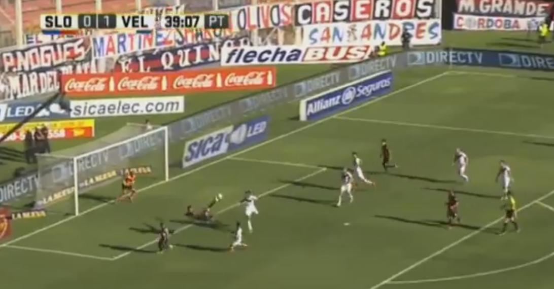 Tiki tiki y definición de tijera: mirá el golazo de Blandi ante Vélez
