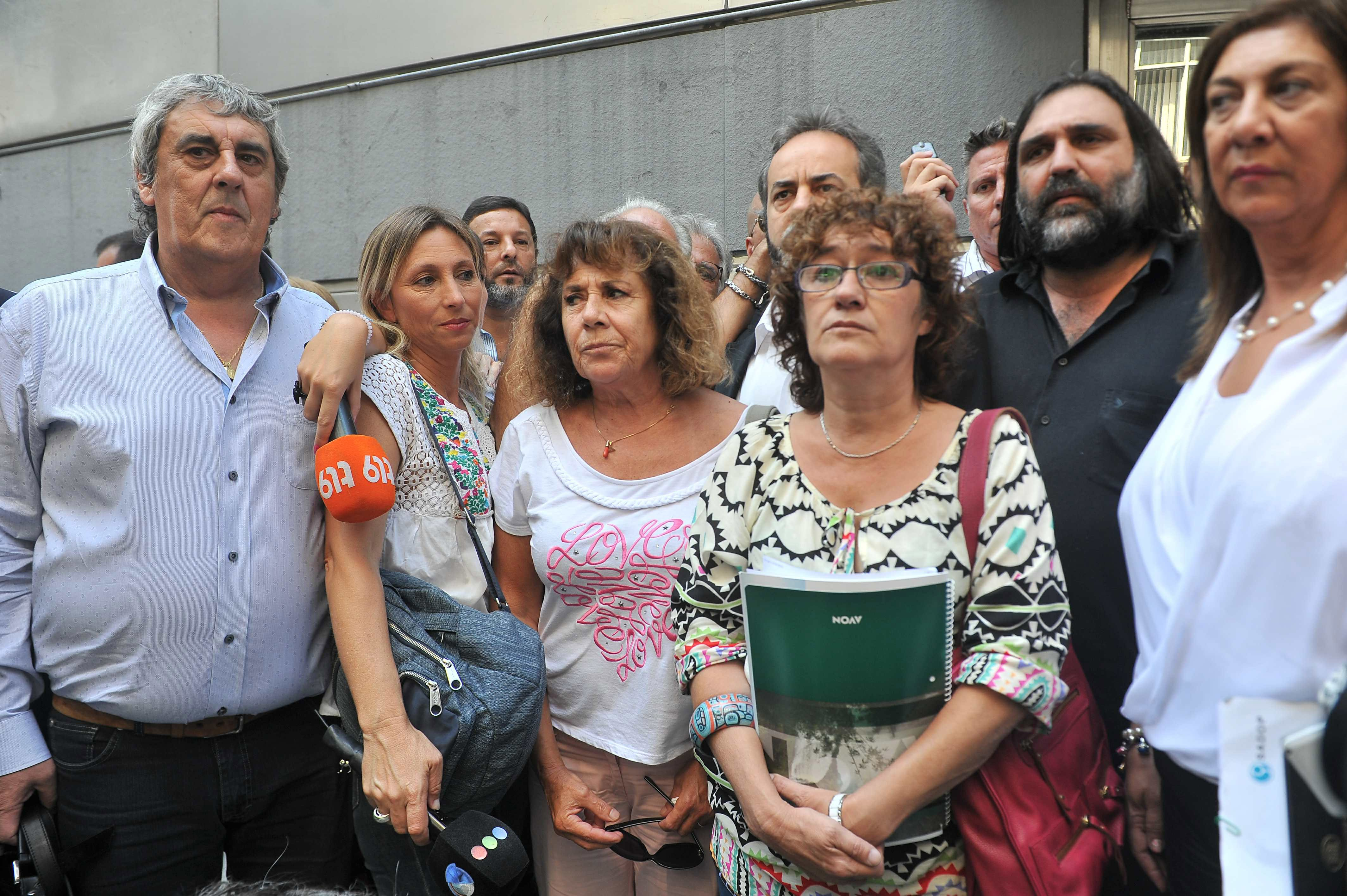 Docentes amenazan con paro de 48 horas si Nación no firma el acta de paritarias