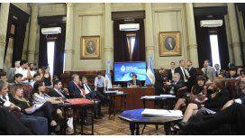 El massismo pidió postergar 48 hs. la discusión sobre el DNU de coparticipación