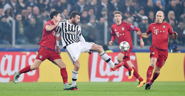 Juventus se recuperó y le empató al Bayern en Turín